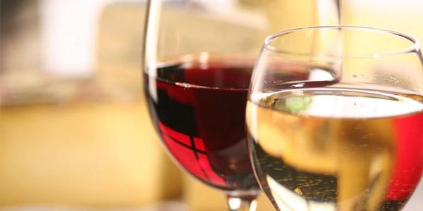 Hvite og røde viner hos Martha Mettlig