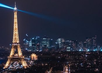 Eiffel night